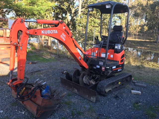 1 7T Kubota Mini Excavator for hire in North Maclean, QLD 4280