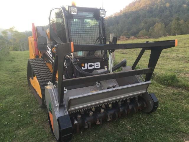 Posi-Track JCB 150T w/mulcher & post driver for hire in