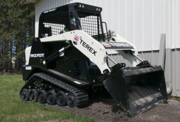 CATERPILLAR, 432d backhoe/loader & TEREX, POSI-TRACK bobcat PT60