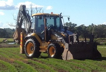 2011 Volvo BL71B Backhoe Wheel Loader