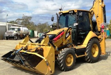 432E Cat Backhoe