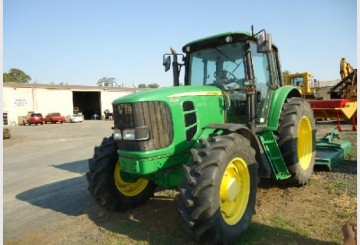 JOHN DEERE 6530 4X4 WITH SLASHER