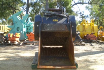 MB Crusher Bucket FOR HIRE OR SALE