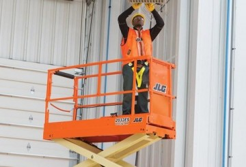 Scissor Lift - 6.1m (20ft) Electric Jlg