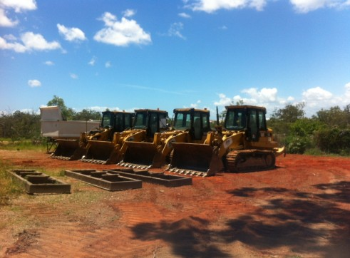 Caterpillar 953D Crawler Loader - 6 Available in Fleet 2