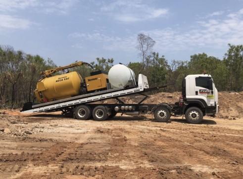 1 x 8,500L Vacuum Excavation / Tilt Tray Truck 1
