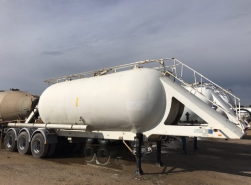 1 x Cement / Lime Site Storage Tanker 1