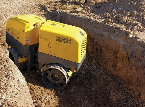 1.5T Remote Trench Roller 1