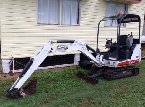 1.6T Bobcat Mini Excavator 2