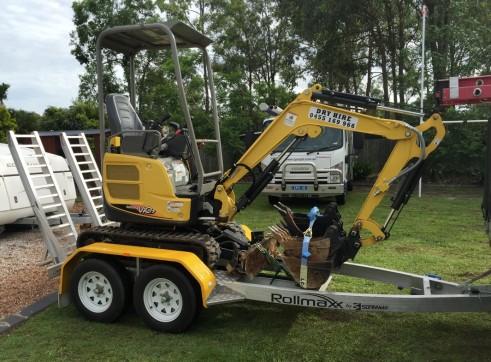 1.7 ton Yanmar Mini Excavator 3