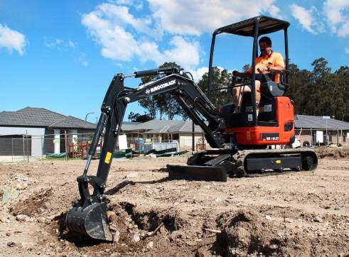 1.8T Eurocomach ES18ZT Mini Excavator 2