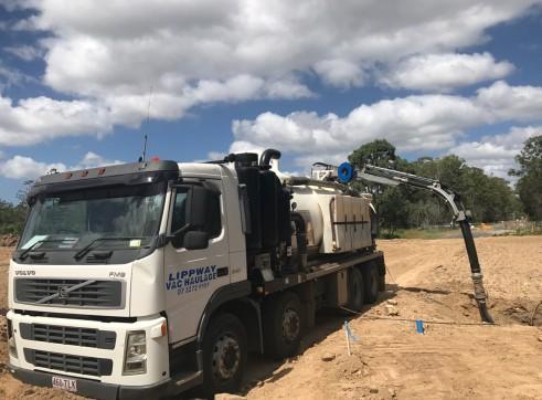 10,000L Vacuum Excavation Truck 2