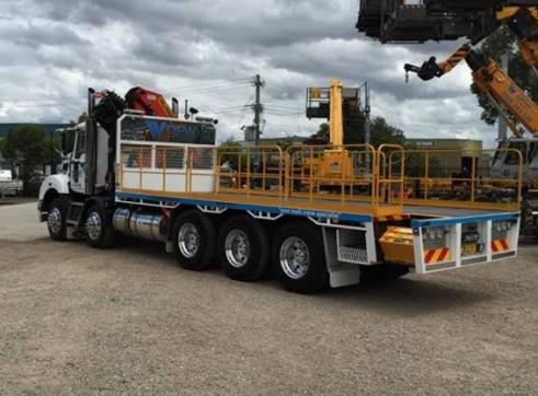 10 Wheeler Crane Truck 2