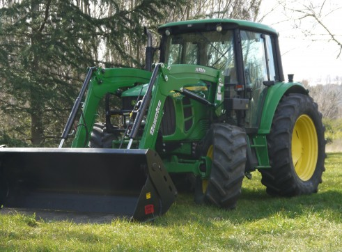 105HP John Deere 6330 Tractor with Cabin & Loader  3