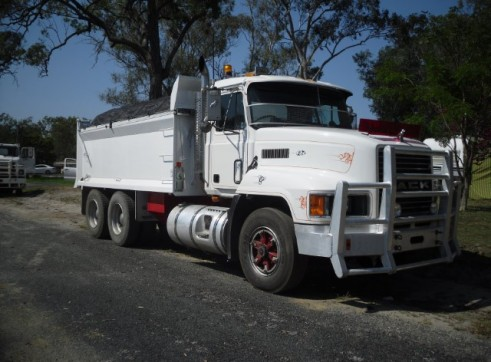 10m Tandem Tippers 1