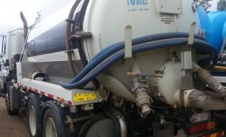 11,000L Vac Truck 1