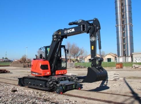 11.5T  ECM ES 95 HR Hy-Rail Excavator 4