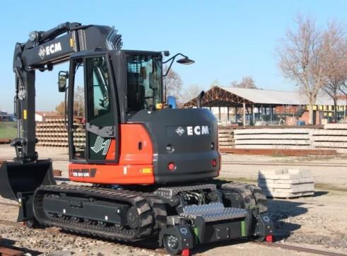 11.5T  ECM ES 95 HR Hy-Rail Excavator 5