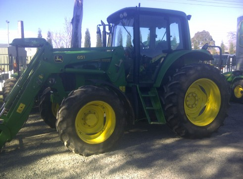 110HP John Deere 6420 Premium Tractor with Cabin & Loader 1