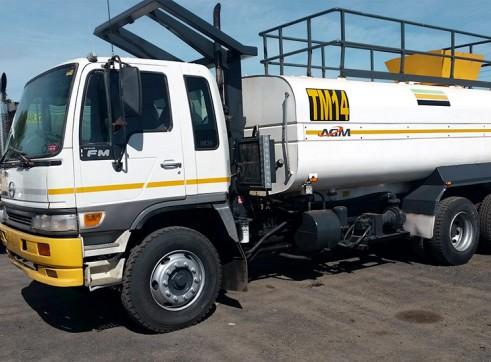 12,000-16,000L Water Trucks 1