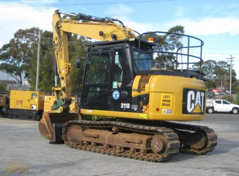 12 Ton Caterpillar 311D Excavator - rubber tracks