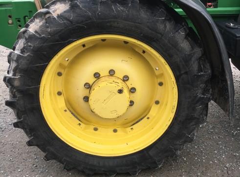 120HP John Deere 7410 Tractor 12