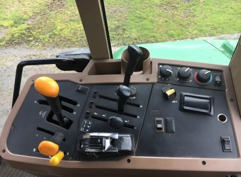 120HP John Deere 7410 Tractor 15