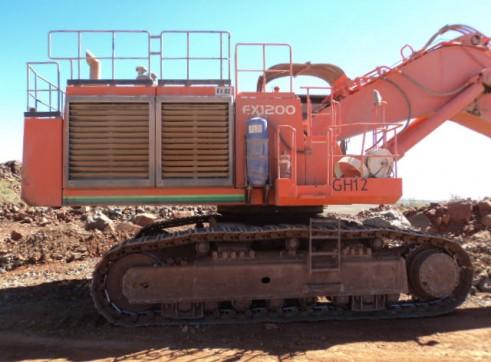 120T Hitachi Ex1200 Excavator 2