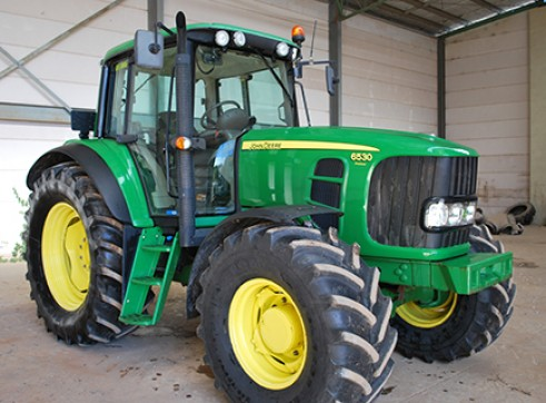 125Hp John Deere 6530 Premium Tractor with Cabin Only 1