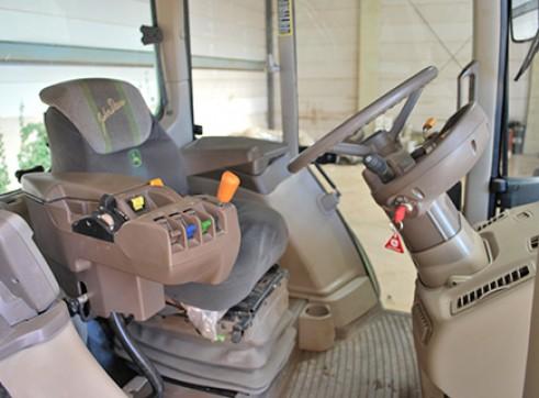 125Hp John Deere 6530 Premium Tractor with Cabin Only 2
