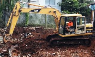 12T Excavator 1