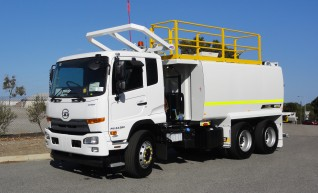 13,000L 6x4 Water Truck with ROPS 1