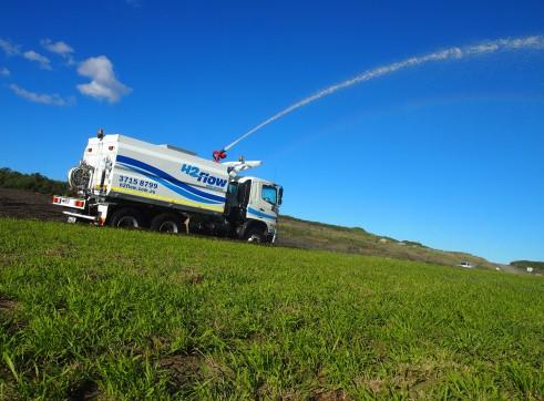 13,500L Mine Spec Water Trucks 2