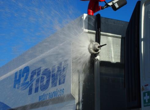 13,500L Mine Spec Water Trucks 8