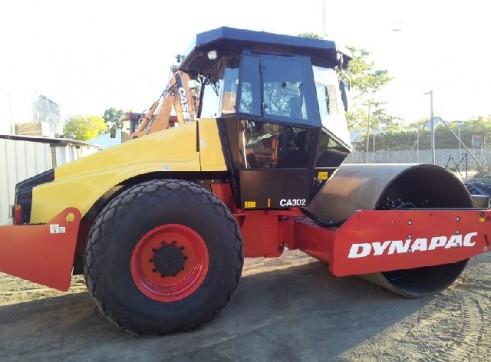 13 Ton roller Dynapac CA302 1