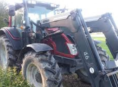 135HP Valtra Tractor 2