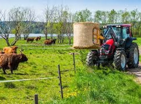 135HP Valtra Tractor 3