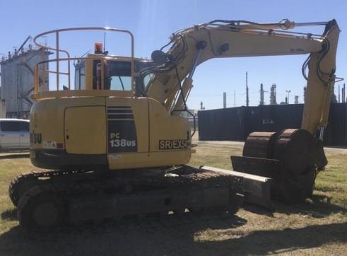 13.5T Komatsu PC138USLC-8 Zero Swing Excavator 1