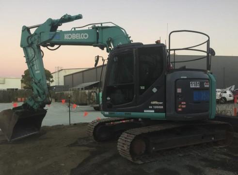 13T Kobelco Excavator w/ROPS & FOPS 4