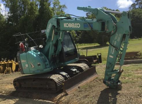 13T Kobelco Excavator w/ROPS & FOPS 3