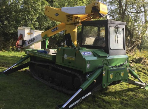 14m Insulated Tracked Cherry Picker 1