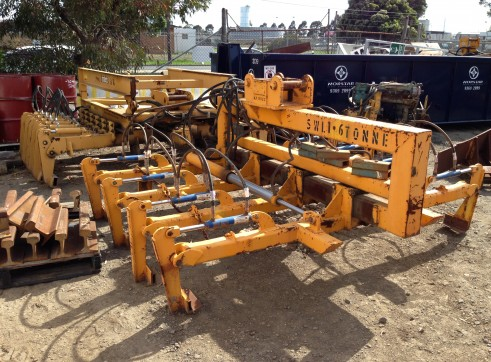14T High Rail Wheeled Excavator 2