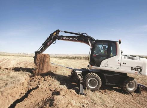 15.7T Hidromek HMK 140 W Wheeled Excavator 3
