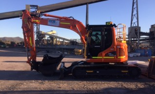 15T Doosan DX140 Excavator - mine spec 1