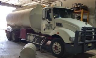 16,000L Mack Water Truck 1