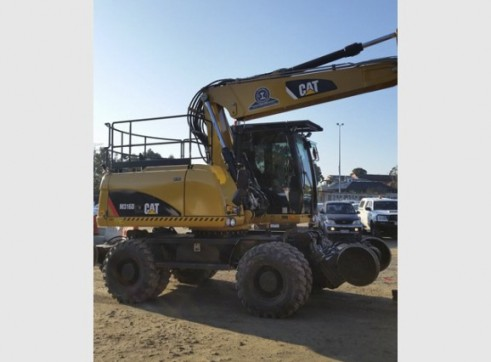 16T Caterpillar Wheeled Hi-Rail Excavator 4