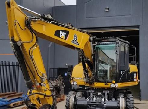 16T Caterpillar Wheeled Hi-Rail Excavator 6