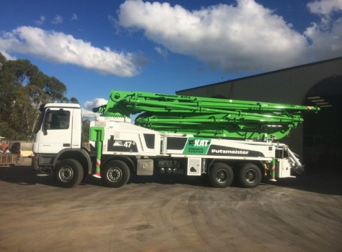 17-50m Truck Mounted Boom Pumps 11