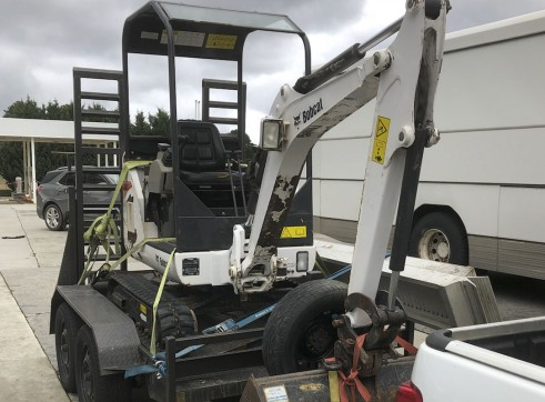 1.7T Bobcat Mini Excavator 2