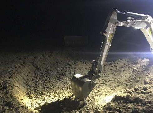 1.7T Bobcat Mini Excavator 3
